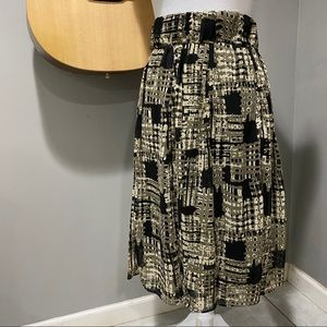 Stretchy Black and Tan Skirt